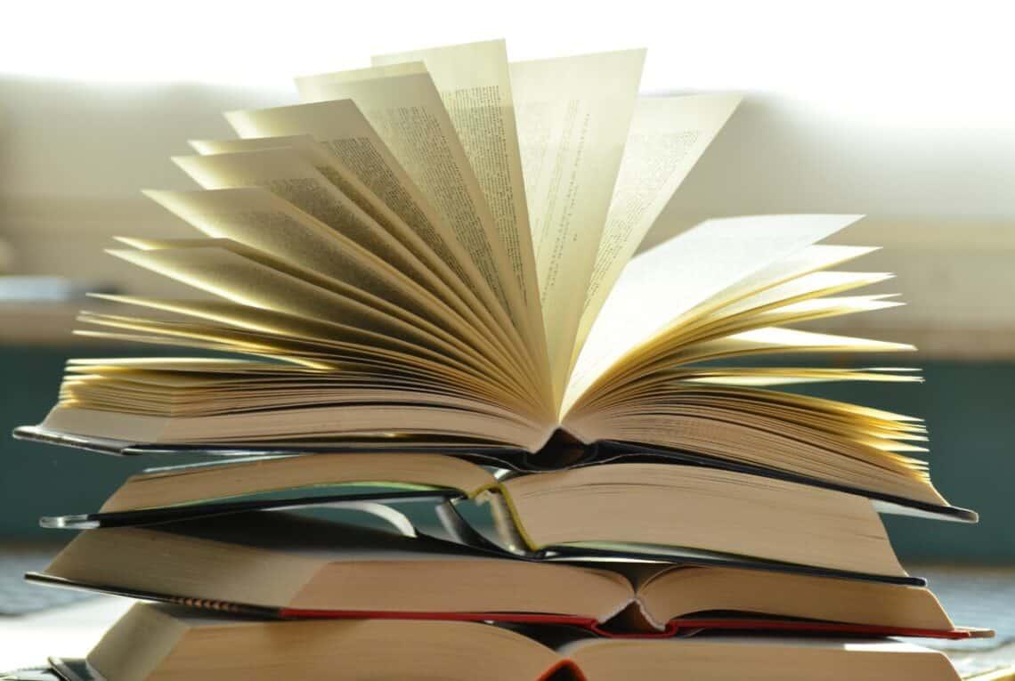 odprta knjiga
